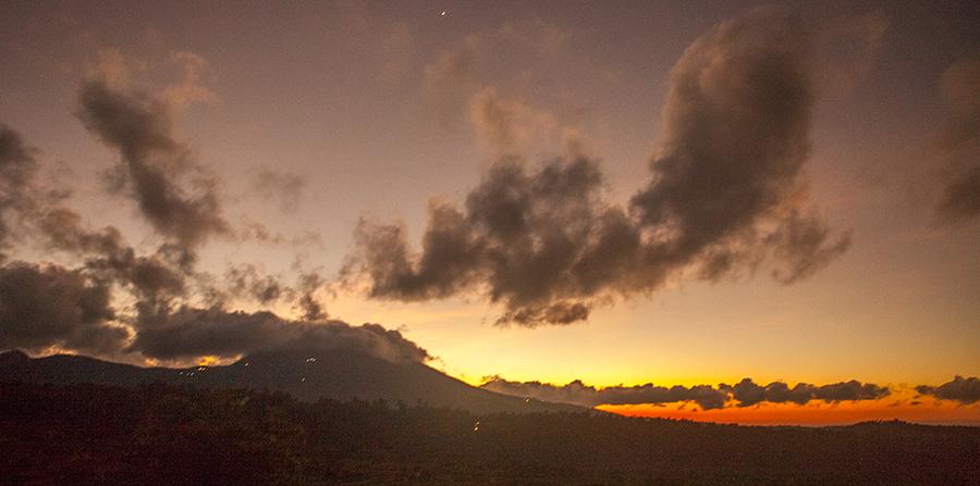 Вулкан Батур. Восход на Бали