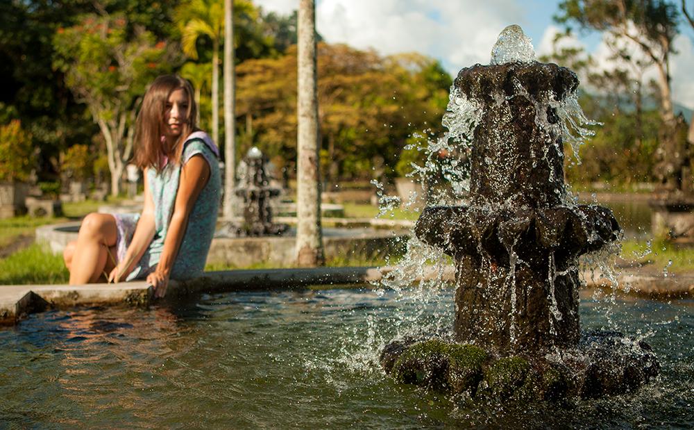 Водный дворец на Бали Тиртаганга