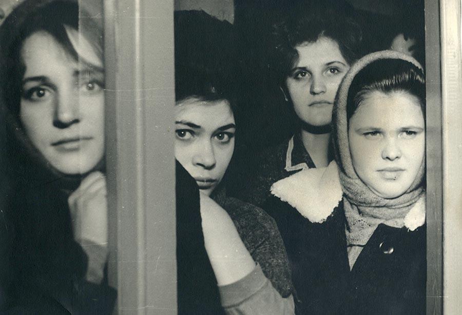 Женщины на фабрике в 70-е годы