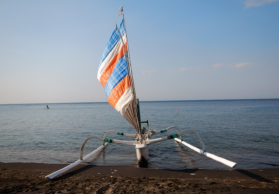Пляж Липа, Бали